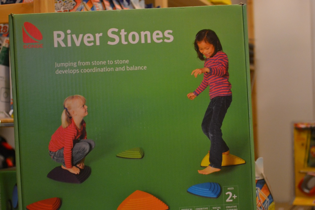 River Stones - hoppa från sten till sten